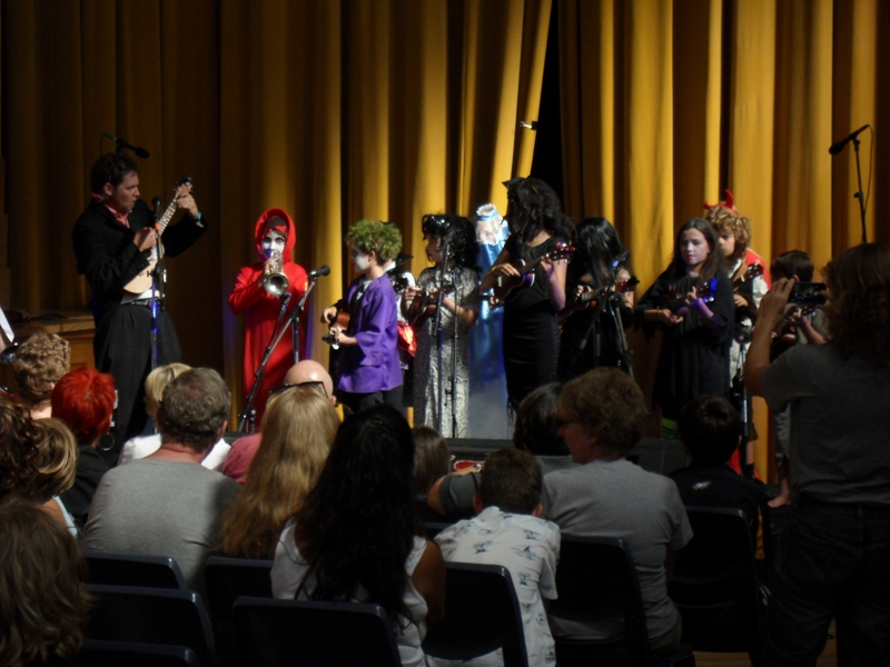 Melbourne Ukulele Festival - Rainbow Music - Spookie Ukie - Kids Playing a storm in the main hall