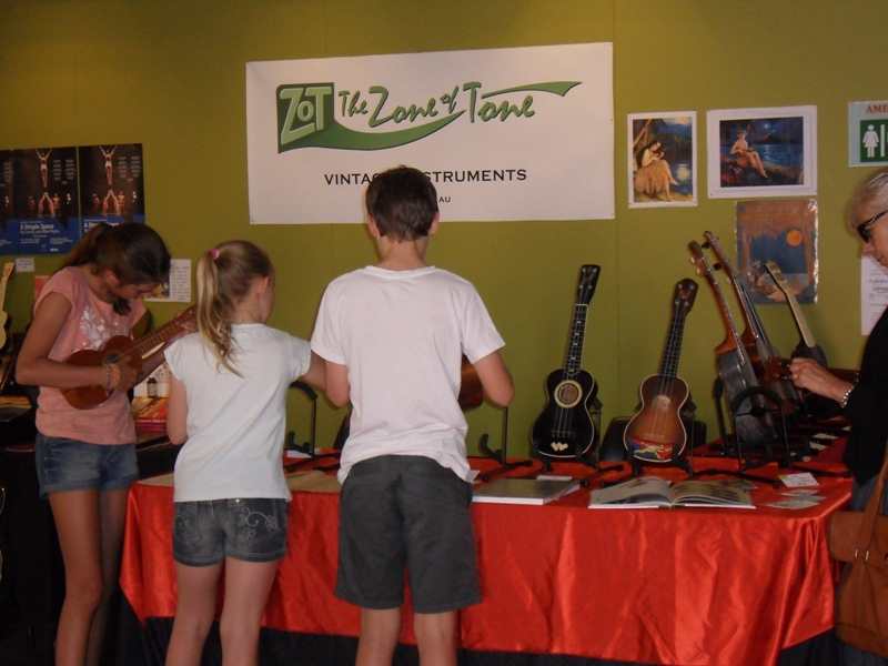Melbourne Ukulele Festival - Rainbow Music - Market Hall - ZOT - The Zone of Tone